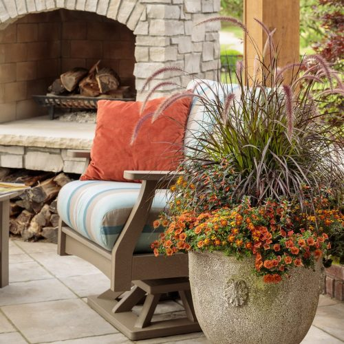 Blog-Fresh planted grass pot for fall_Proven Winners