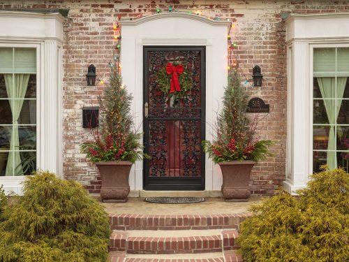 Winter porch pots_Proven Winners